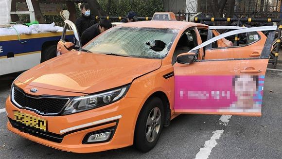 한 택시기사의 분신 앞에서