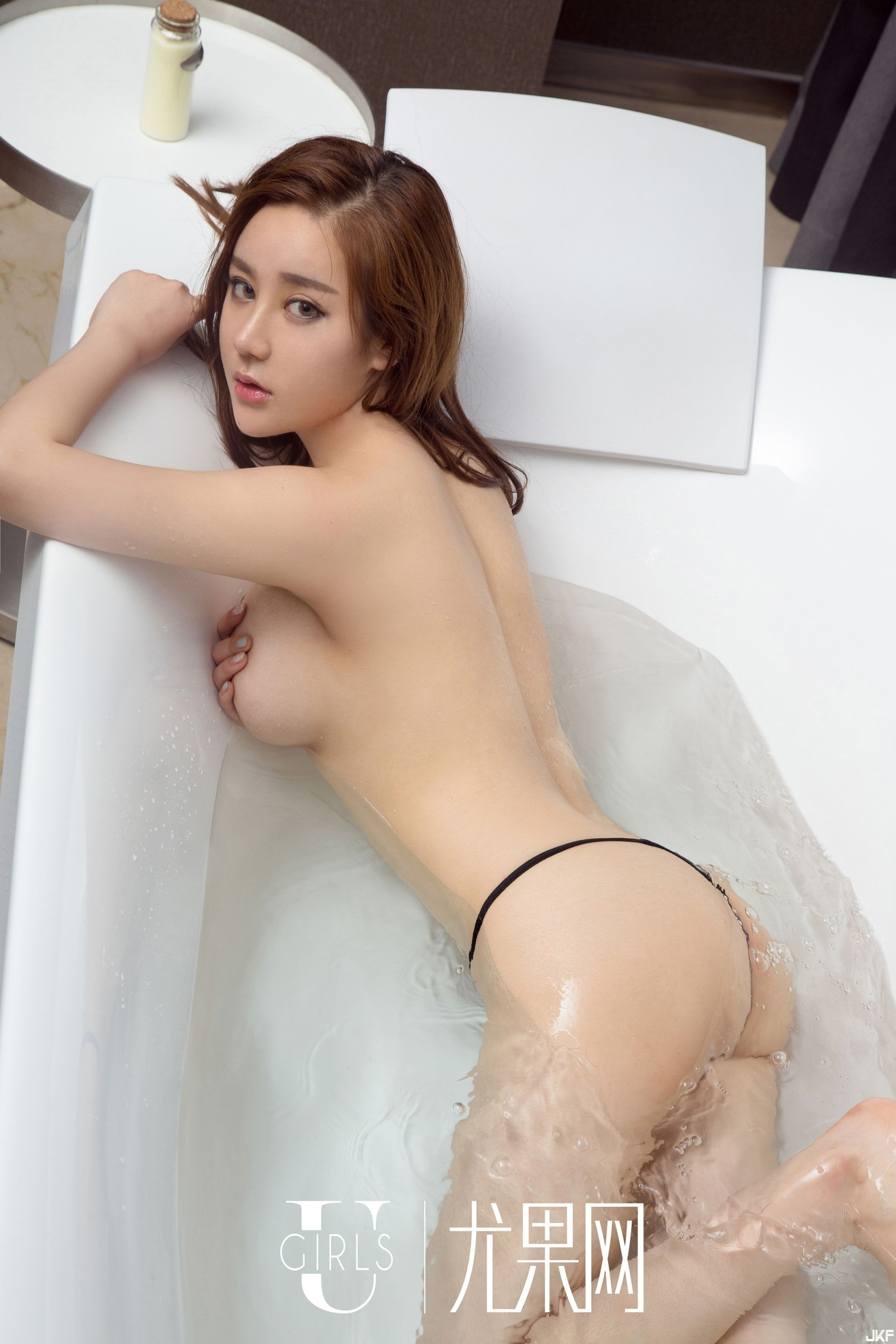 hot nude Chinese glamour