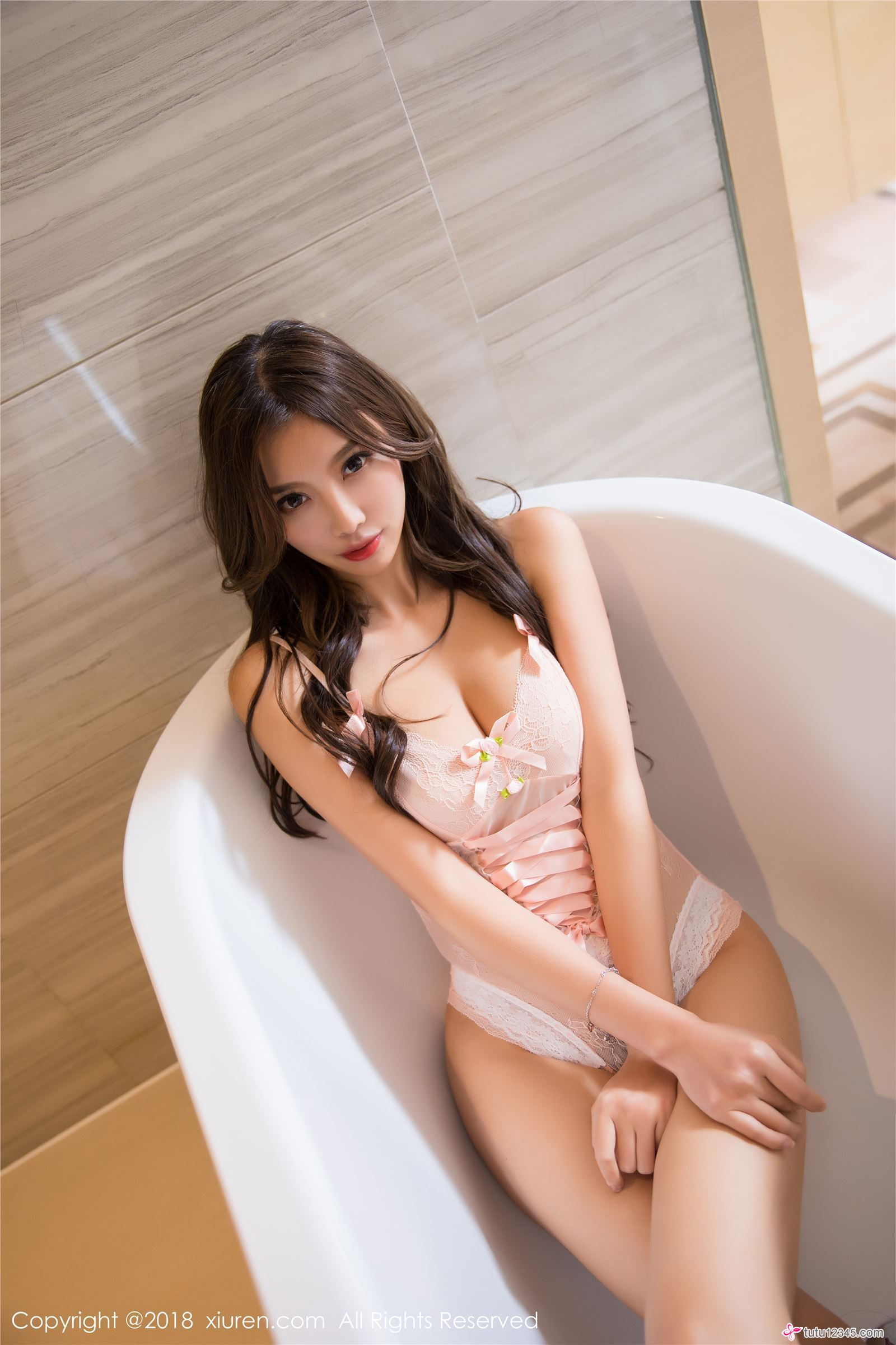 hot Chinese in lingerie